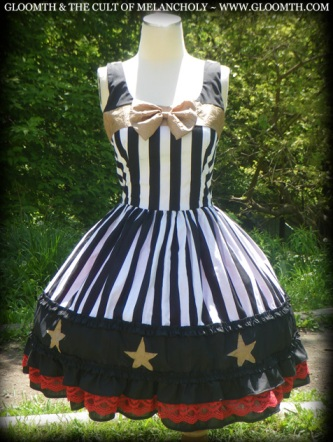 gloomth carousel dress lolita black white stripe gold star