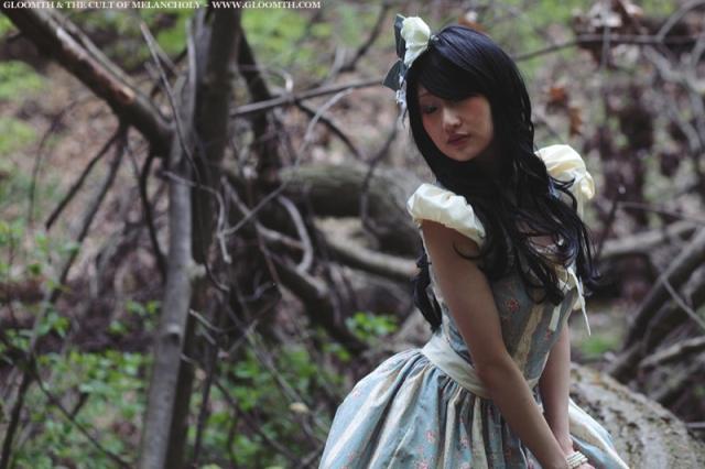gloomth lolita