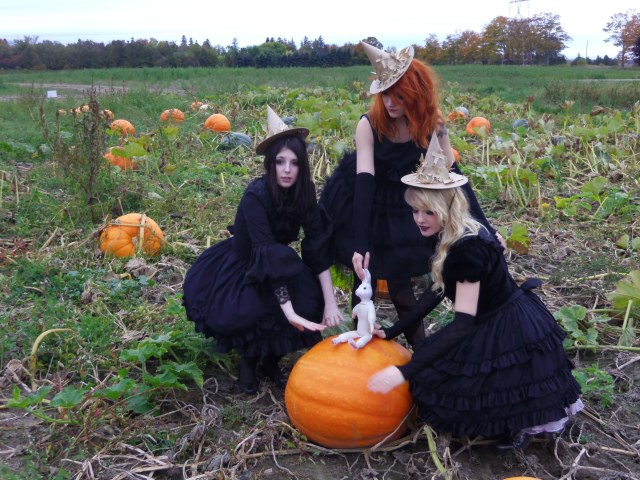 gloomth witches