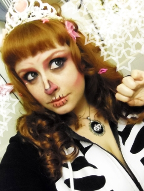pink cute skeleton makeup