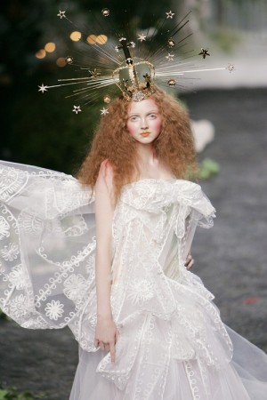 lily cole halo