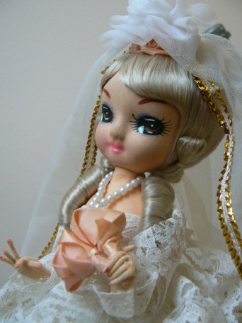 bradley doll bride big eyed doll boudoir doll pose