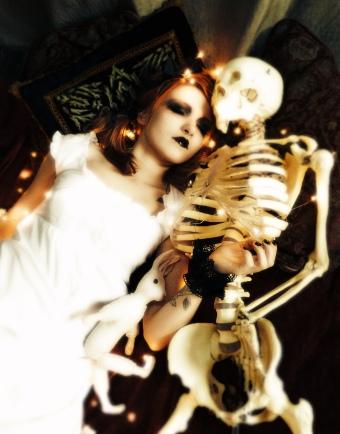 gloomth house of pomegranates skeleton goth gothic