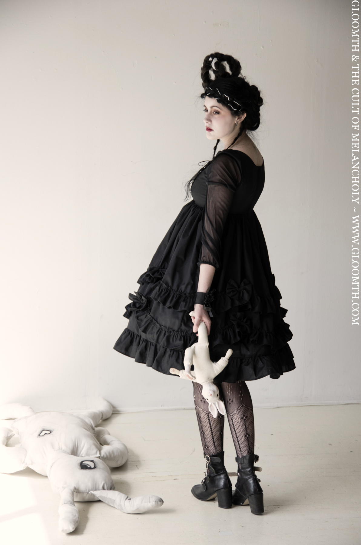 01210b71a1a Alternative Spring Outfit Ideas – Gloomth   the Cult of Melancholy