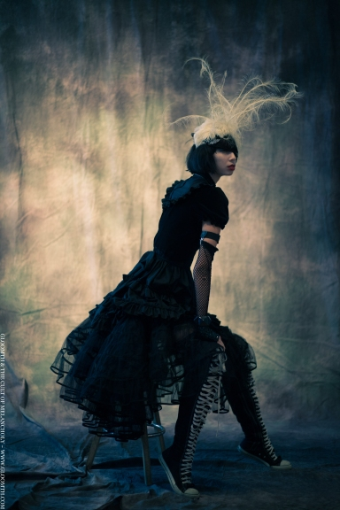 gloomth gothic high fashion