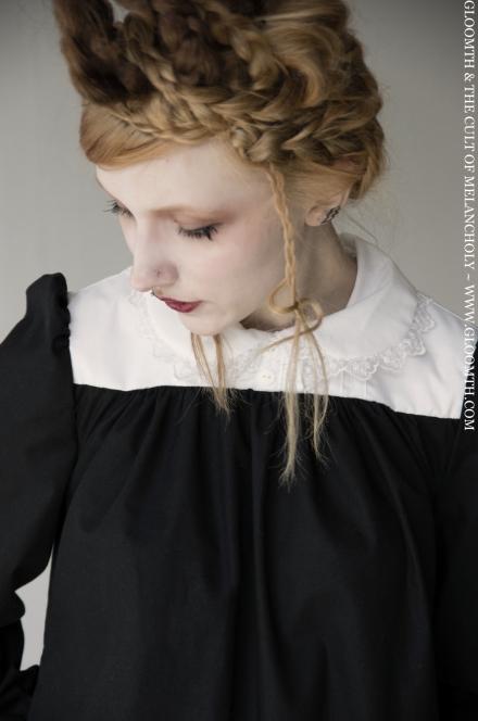 gloomth smock dress with collar
