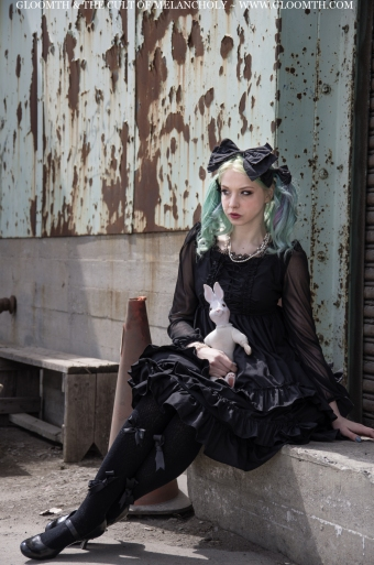 gloomth gothic lolita fashion