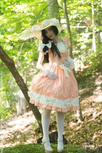 living doll fashion toronto canada gloomth