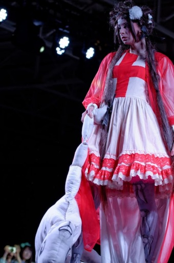 gloomth anime north fashion show gurololita cultparty fashion