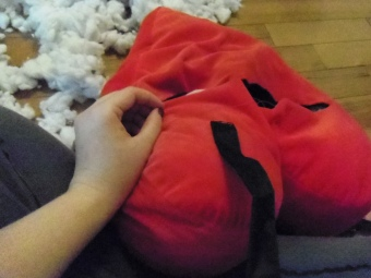 stuffed toy into a backpack tutorial diy
