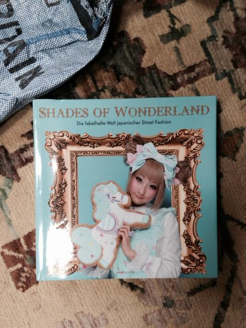 shades of wonderland lolita fashion book