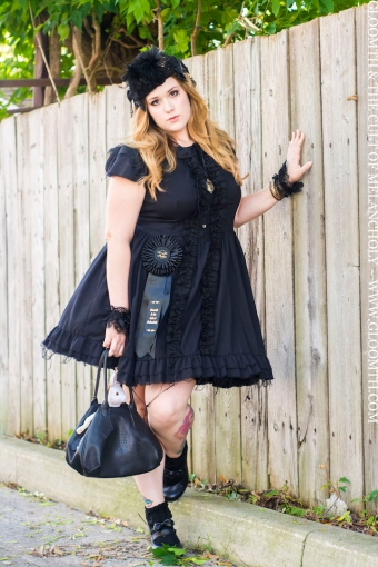 plus size gothic fashion handmade gloomth