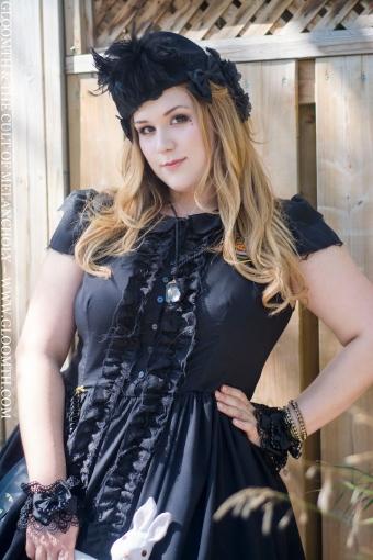 dolly monroe gloomth gothic fashion plus size