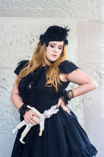 gloomth dolly monroe gothic fashion canada gloomth