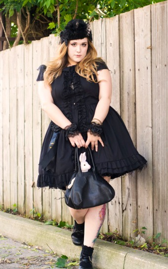 plus size gothic lolita clothing gloomth