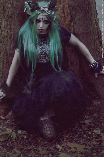 gloomth gothic fashion canada eerie bunny