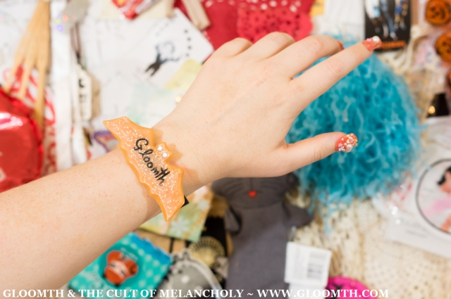 gloomth halloween lolita bangle plastic glitter