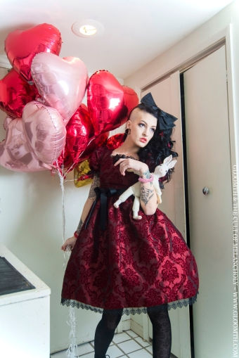 gloomth red lolita damask dress