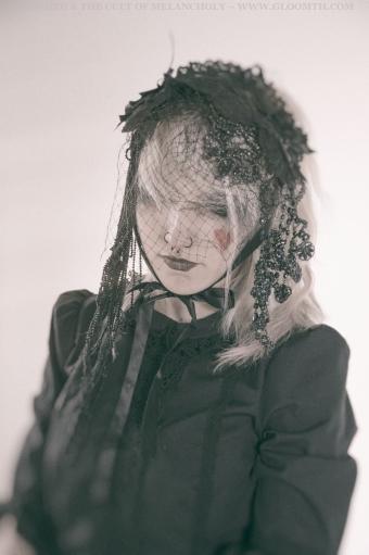 dark gothic model gloomth