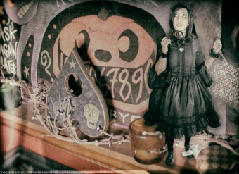 house of pomegranates gloomth gothic lolita