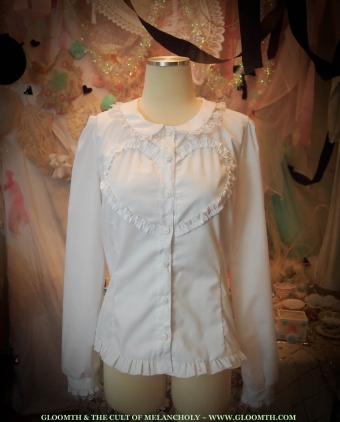 lolita blouse heart