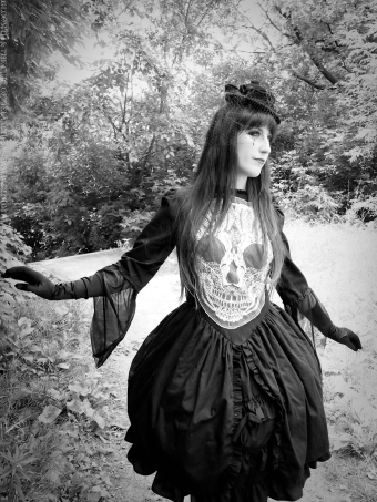 gothic skull dress by gloomth
