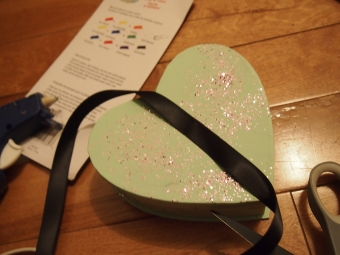 diy candy heart headdress tutorial