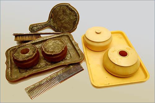 victorian hair vanity set