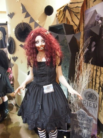 fanexpo toronto 2015 zombie lolita gloomth