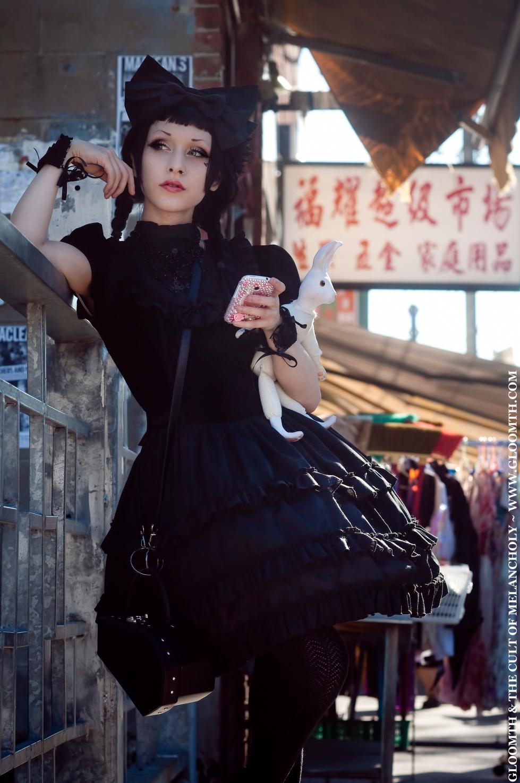 gothic lolita velvet dress gloomth