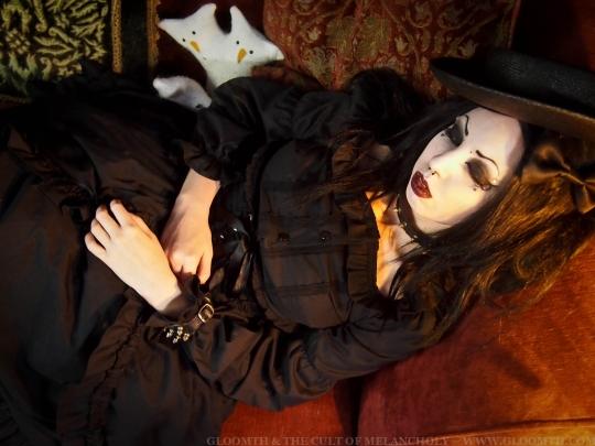 gothic vamprire model gloomth