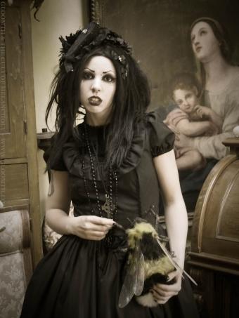 gothic lolita gloomth canada toronto