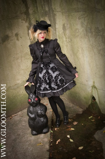 gothic lolita and black bunny