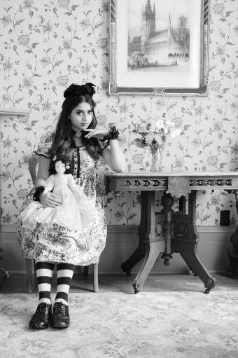victorian doll photoshoot