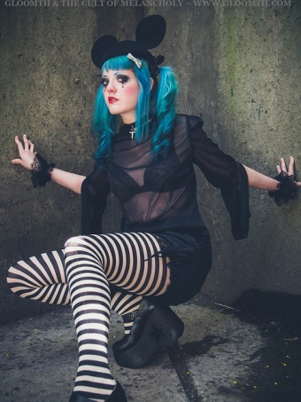 gothic outfit gloomth vanessa walsh