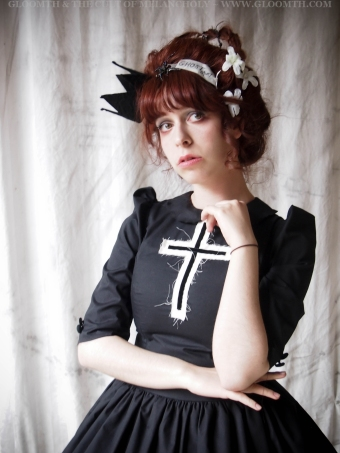 gothic lolita dress with cross gloomth