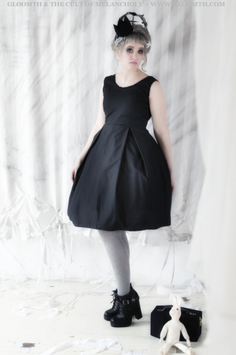 gothic bridesmaid dress by gloomth