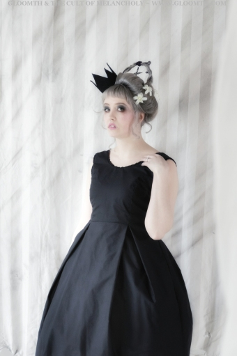 okiku gothic doll dress gloomth
