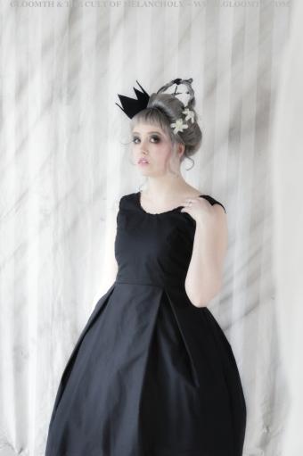 okiku gothic doll dress gloomth