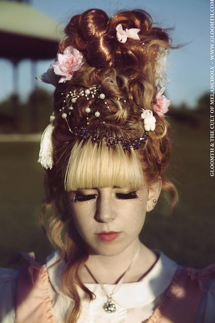 lolita hairstyle like marie antoinette