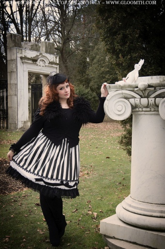 plus size gothic clothing