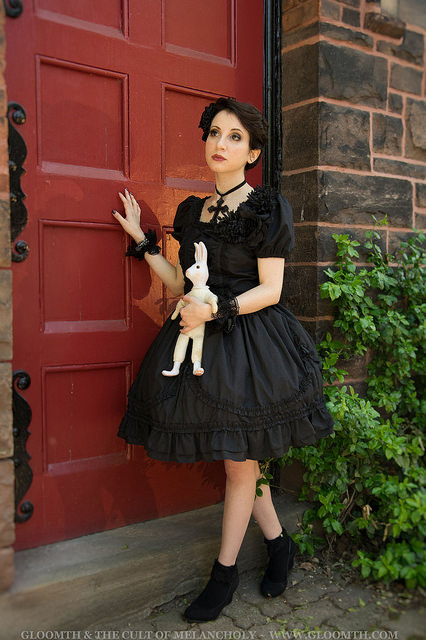 gothic lolita red door gloomth
