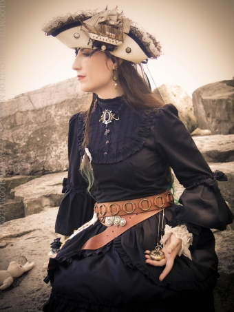 alchemy gothic steampunk look