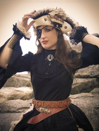 gothic steampunk pirate outfit