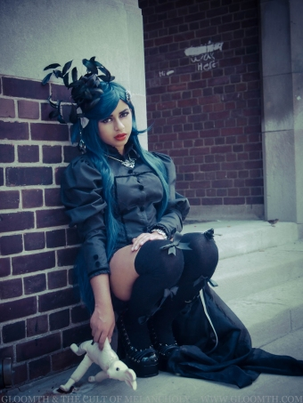 ashavari gloomth gothic outfit