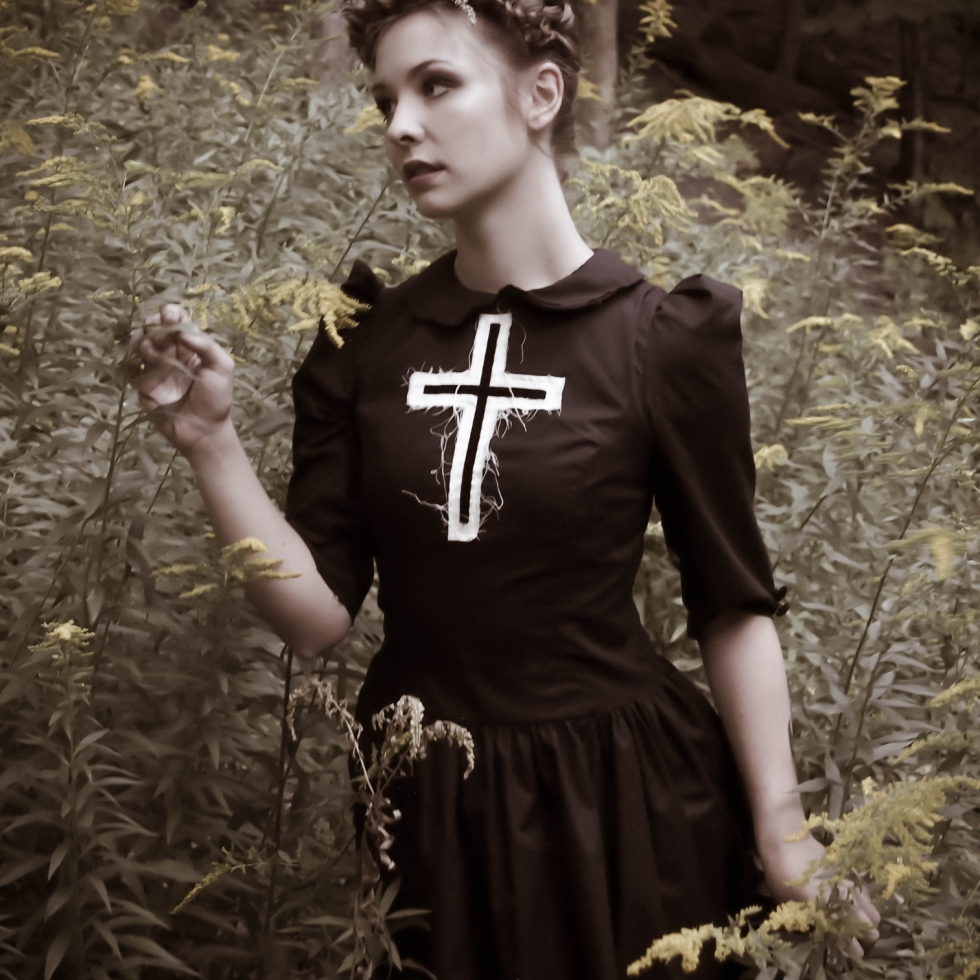 gothic pilgrim photoshoot gloomth