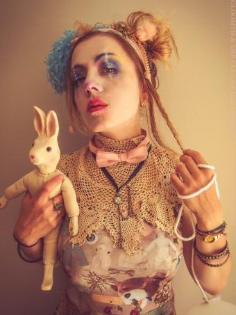fashion clown makeup gloomth