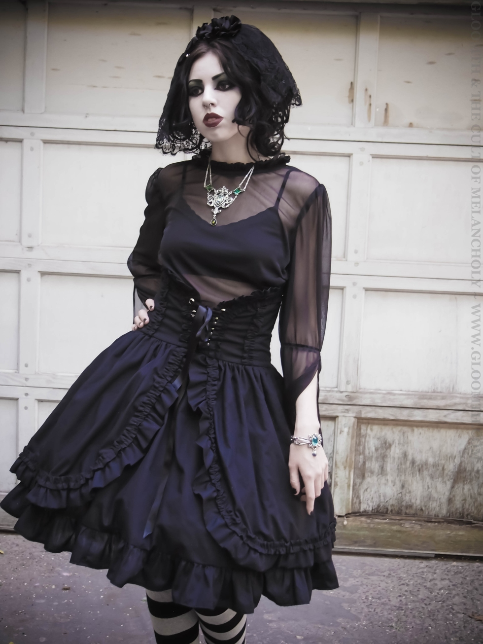 gothic outfit from gloomth