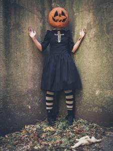 pumpkinhead mask photoshoot gloomth
