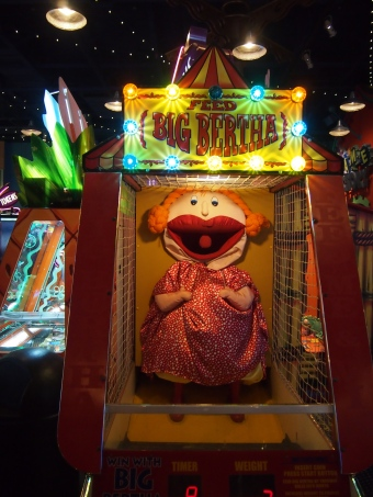 big bertha arcade game
